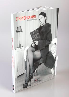 Cover Strenge Damen